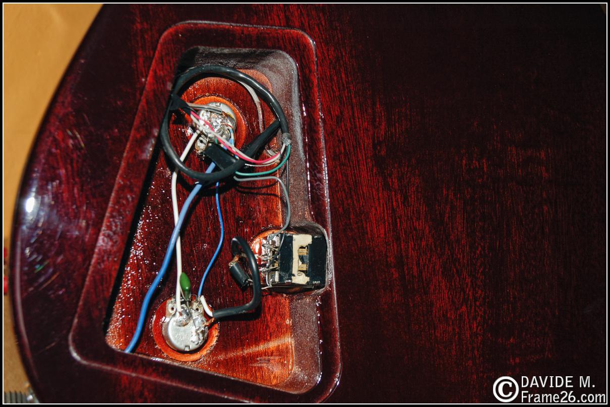 Schema Cablaggio Chitarra Elettrica : Costruire una chitarra elettrica tutorial pag