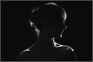 Francy - Silhouette Black and White - Girl Portrait